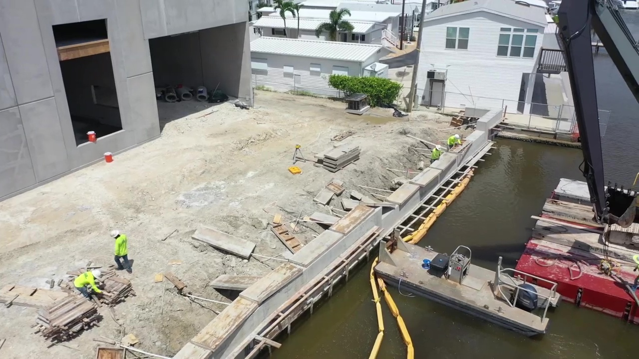 Seawall construction/renovation in progress at Gulf Star Marina